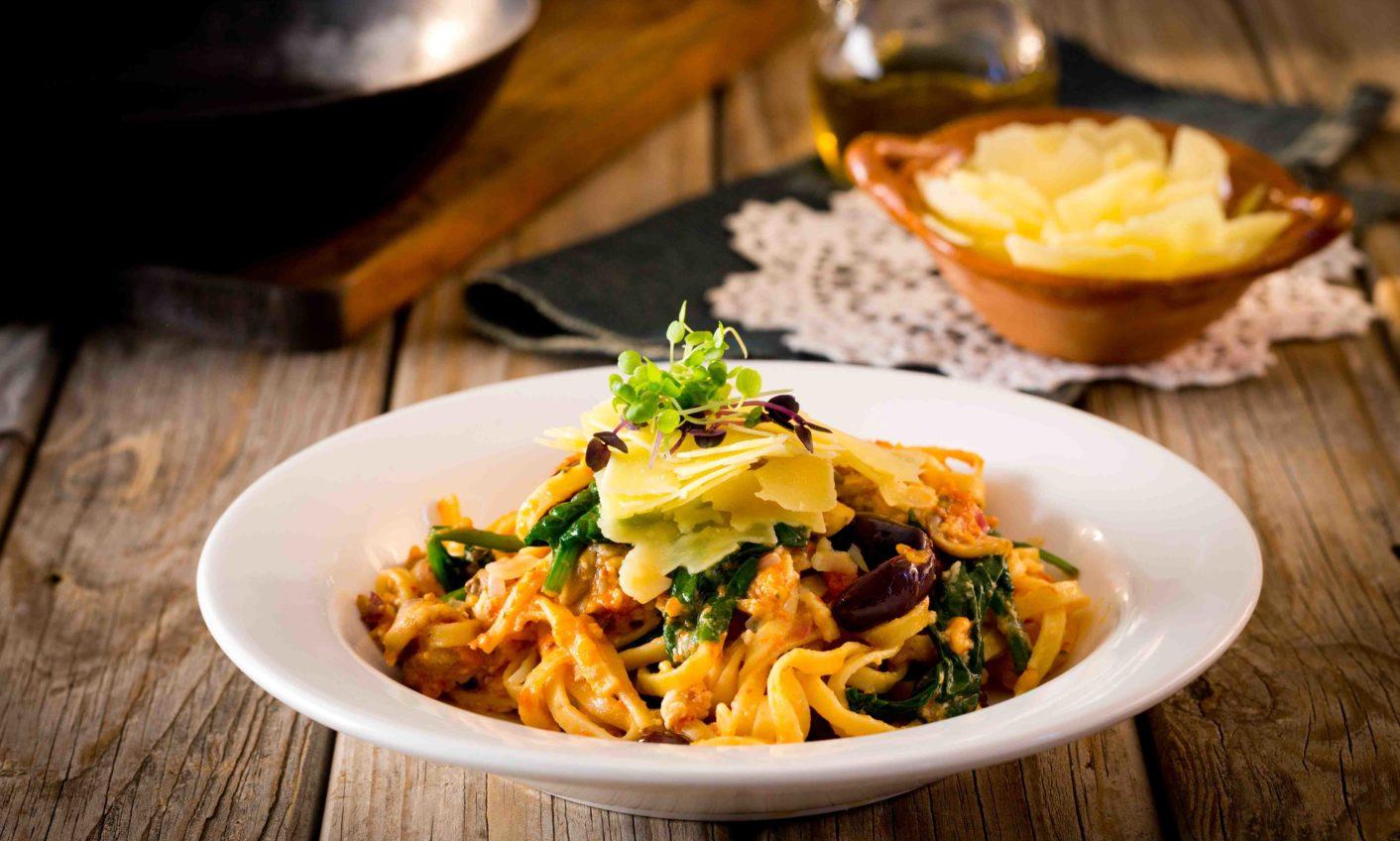 Mushroom Feta And Spinach Linguine