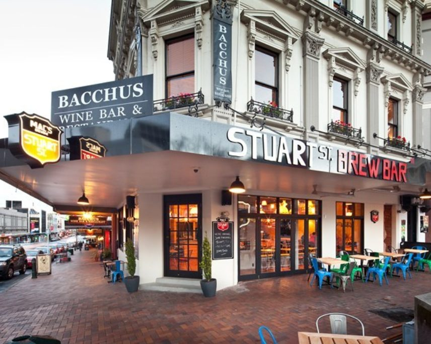 Dine Dunedin: STUART ST MAC'S BREW BAR DEAL